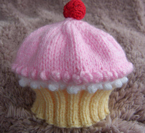 Knitted Head Band Patterns : KNITTING PATTERN TO MAKE *BABY CUPCAKE HATS* IN 5 SIZES eBay