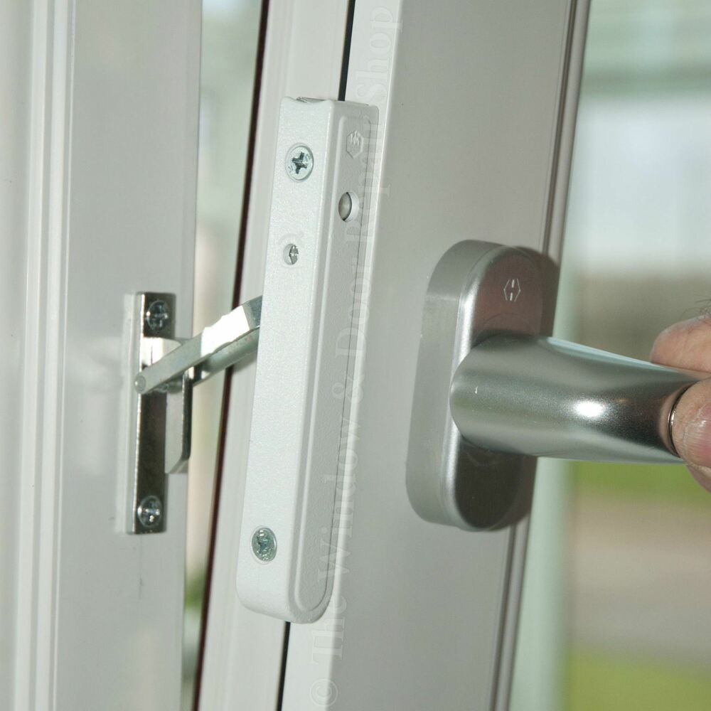 Handing Tilt Turn : Maco multi vent tilt and turn window restrictor catch