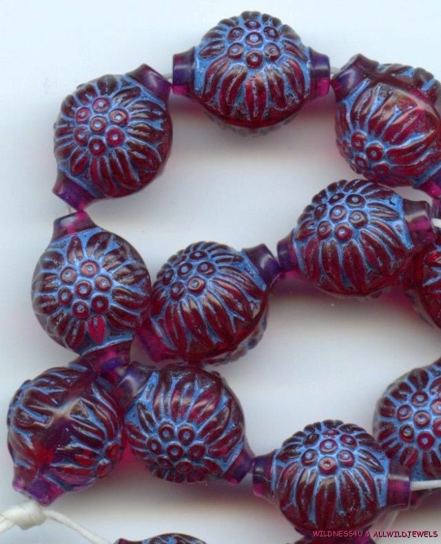 20 VINTAGE LUCITE Flower BEADS W GERMANY BERRY BLUE