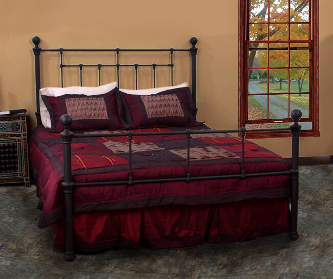 4 Post Queen Size Matte Black Metal Bed Frame Bedroom Furniture Ebay