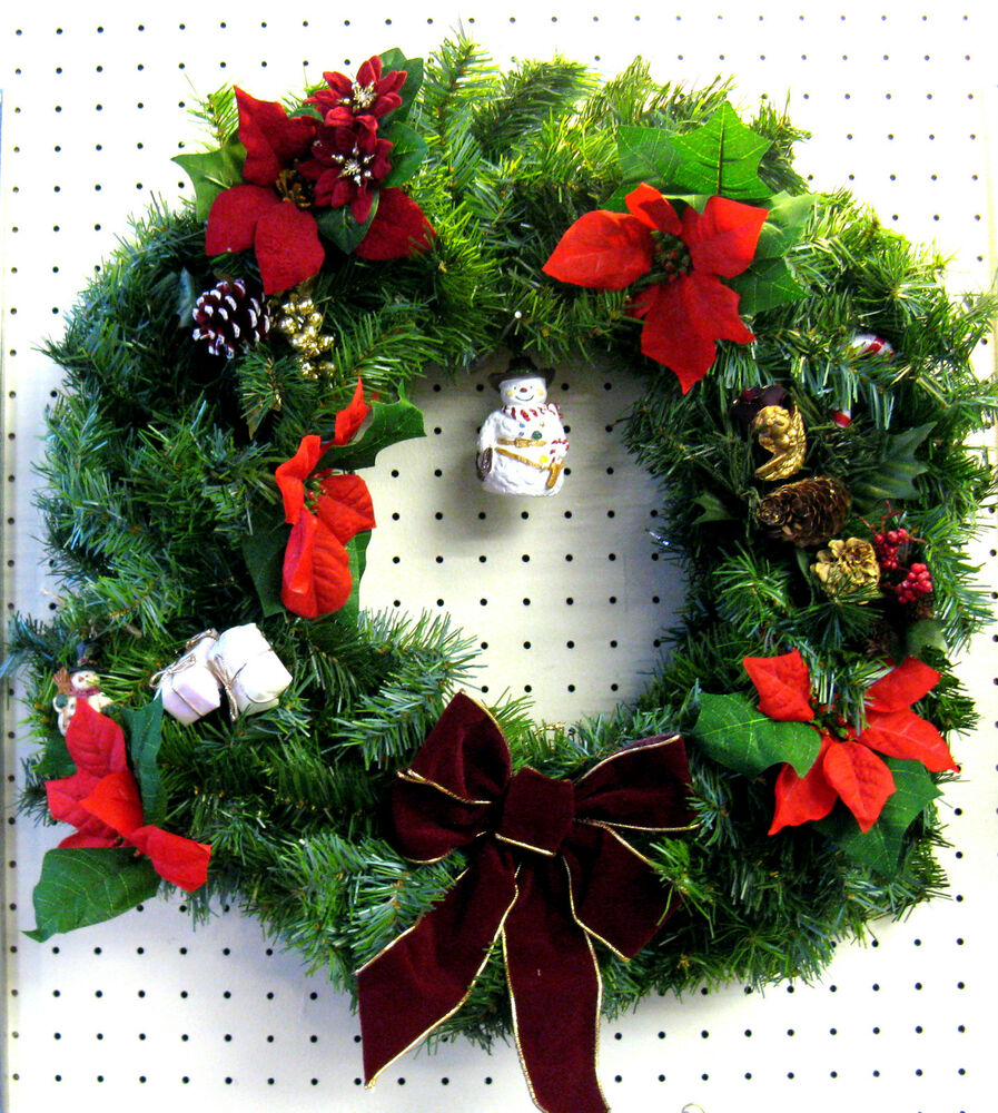 ARTIFICIAL PRE-DECORATED CHRISTMAS WREATH WITH SNOWMAN