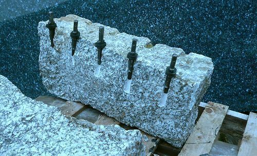 Plug And Feather : Plugs and feathers stone splitter boulder breaker