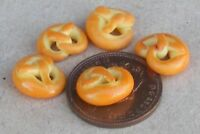 1:12 Scale Seven Pretzels Dolls House Miniature Kitchen Bread Accessory