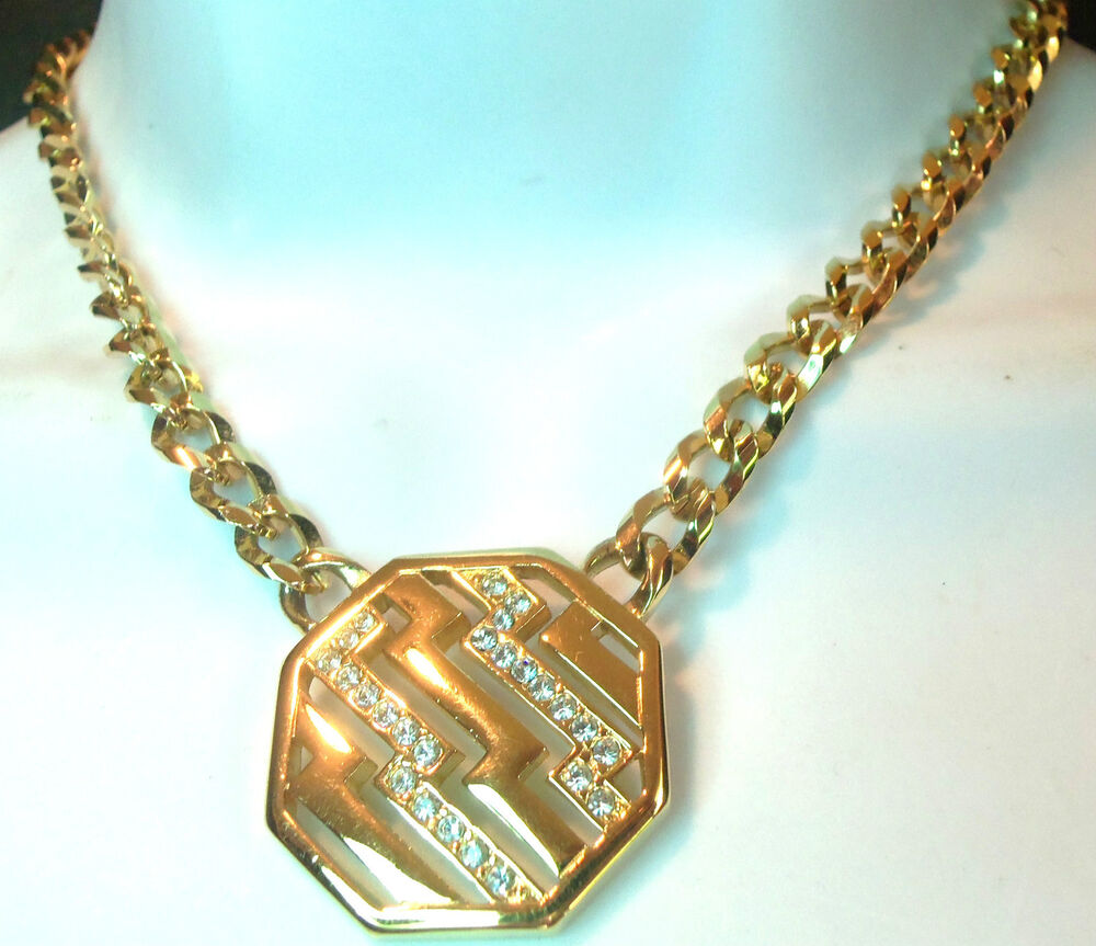 AVON VINTAGE GOLDPLATED SPARKLY HEXAGON PENDANT NECKLACE