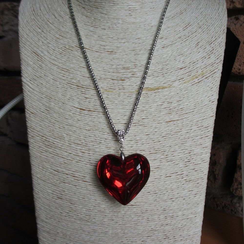 acrylic love heart pendant necklace with long 28 silver. Black Bedroom Furniture Sets. Home Design Ideas