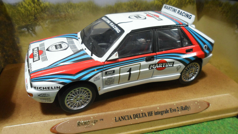 lancia delta hf integrale evo 2 rallye 1 martini 1 18 ricko voiture miniature ebay. Black Bedroom Furniture Sets. Home Design Ideas