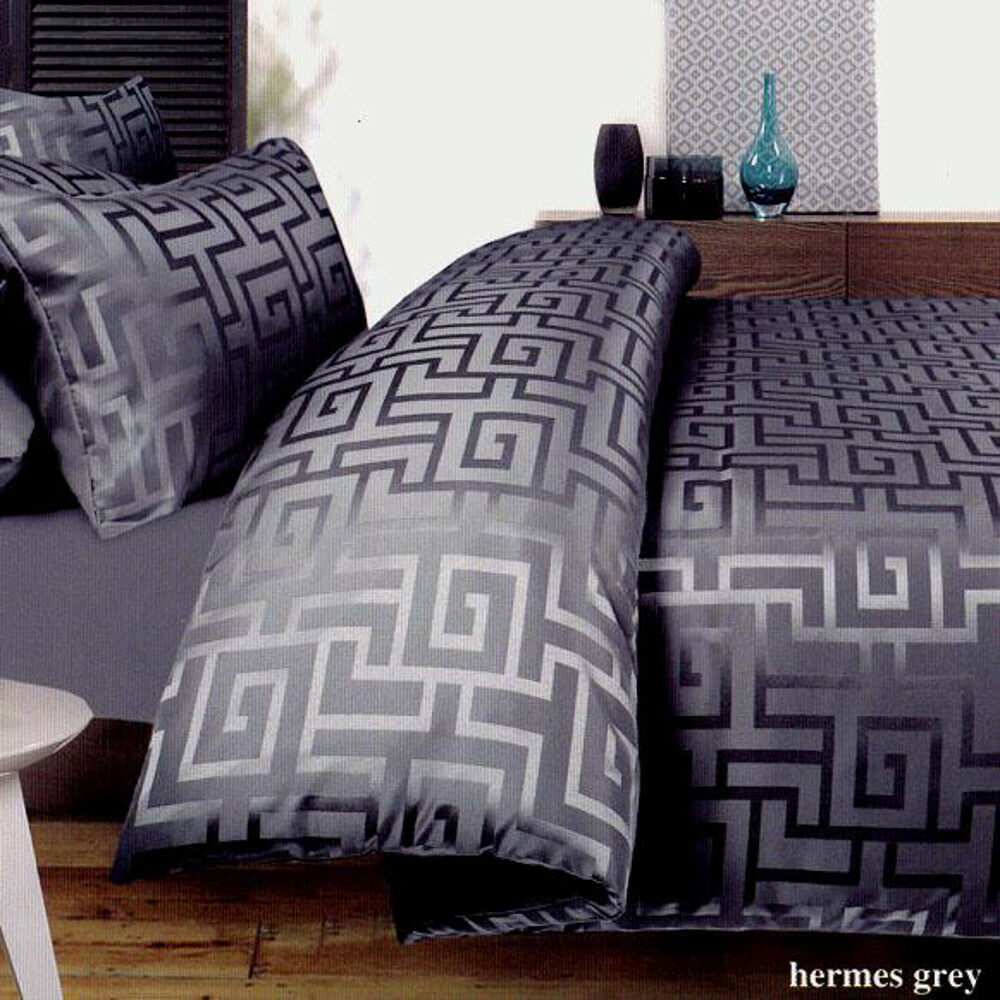 Grey Pattern Bed Sheets
