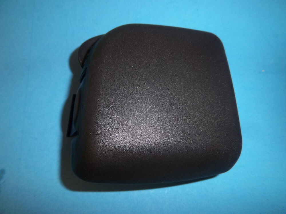 NEW STIHL HS45 HEDGETRIMMER AIR FILTER COVER 42281410502