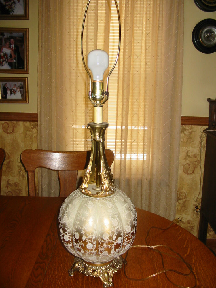 Mid Century Hollywood Regency Table Lamp Gold Amp Glass Lace