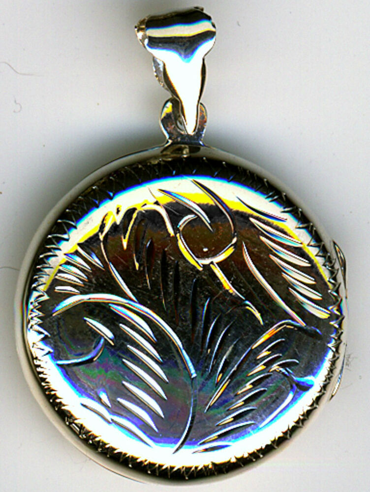 925 Sterling Silver Extra Large Engraved Round Locket Pend