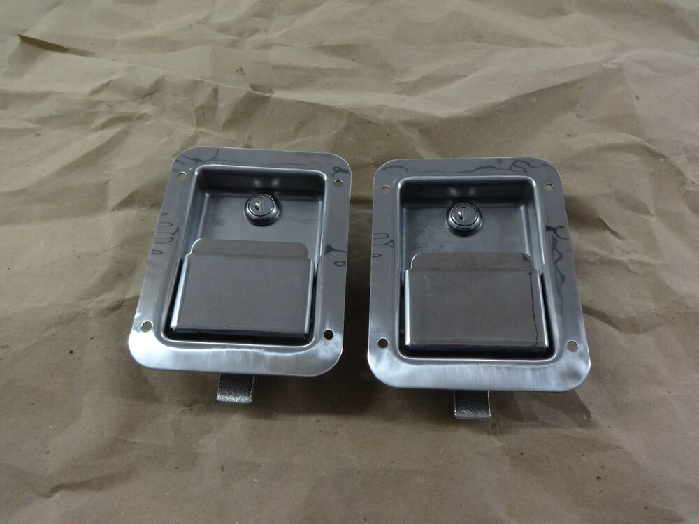 2 Buyers Products L3885 Tool Box Latch Ll71 Lock Stainless