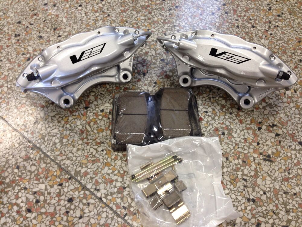 Brembo Brake Pads >> Cadillac CTS-V Brembo Silver 4 Piston Rear Calipers Pair w ...