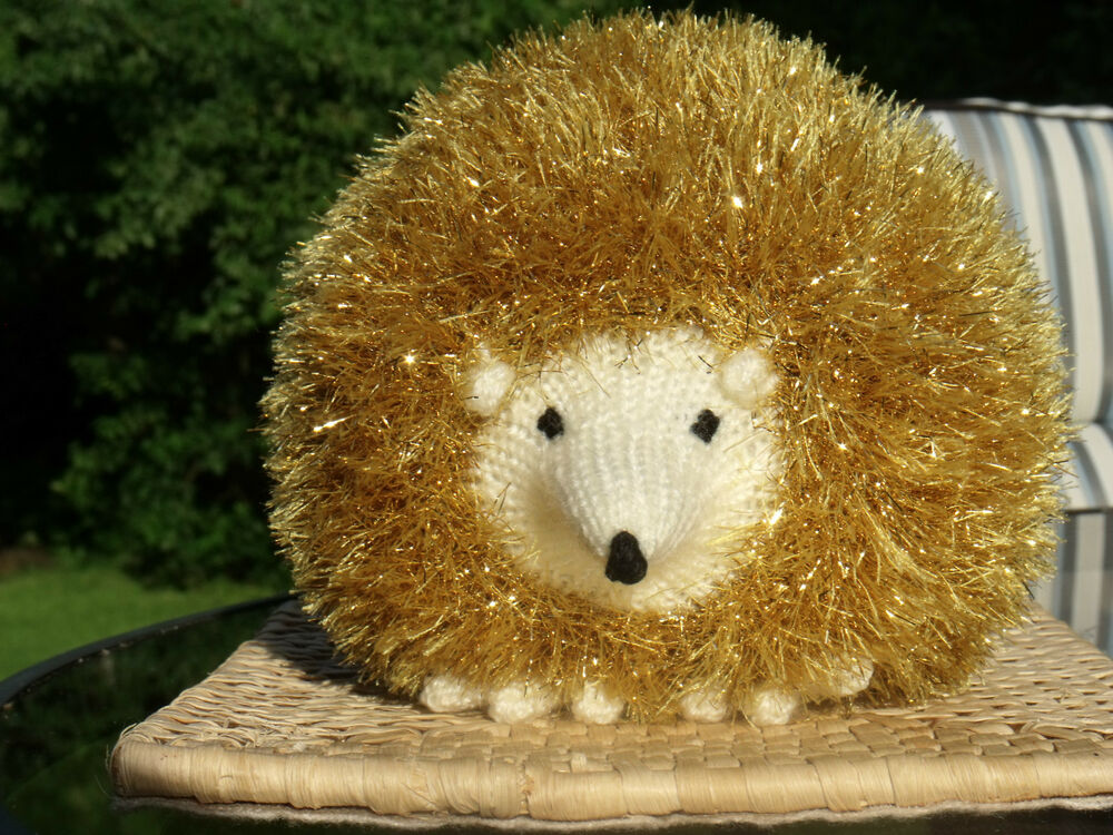 Small Hedgehog Knitting Pattern : KING COLE PATTERN 9015. TOYS - HEDGEHOGS. 3 SIZES. eBay