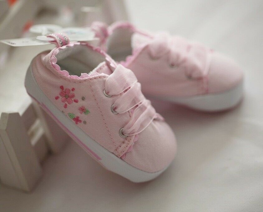 Newborn Flower Embroidery Pink low tops Baby Girls Shoes