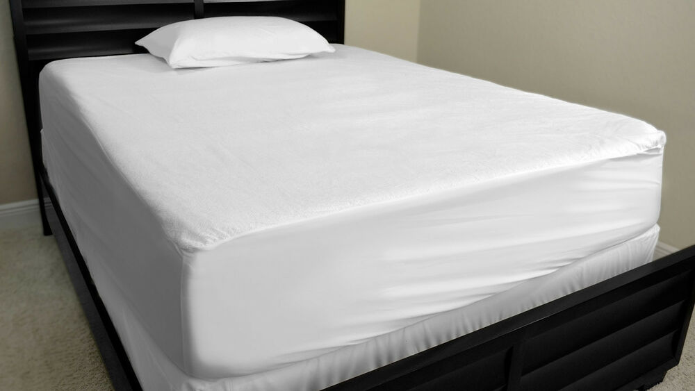 Gary Wear Bedding Underpads VINYL MATTRESS COVERS TWIN