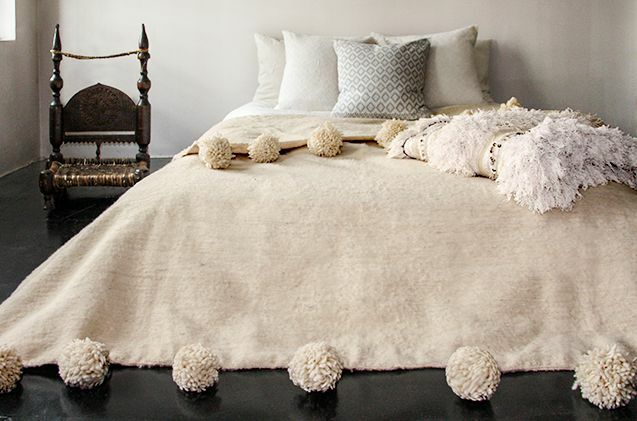 Moroccan Hand Made Cream Wool Pom Pom Blanket Throw Ebay