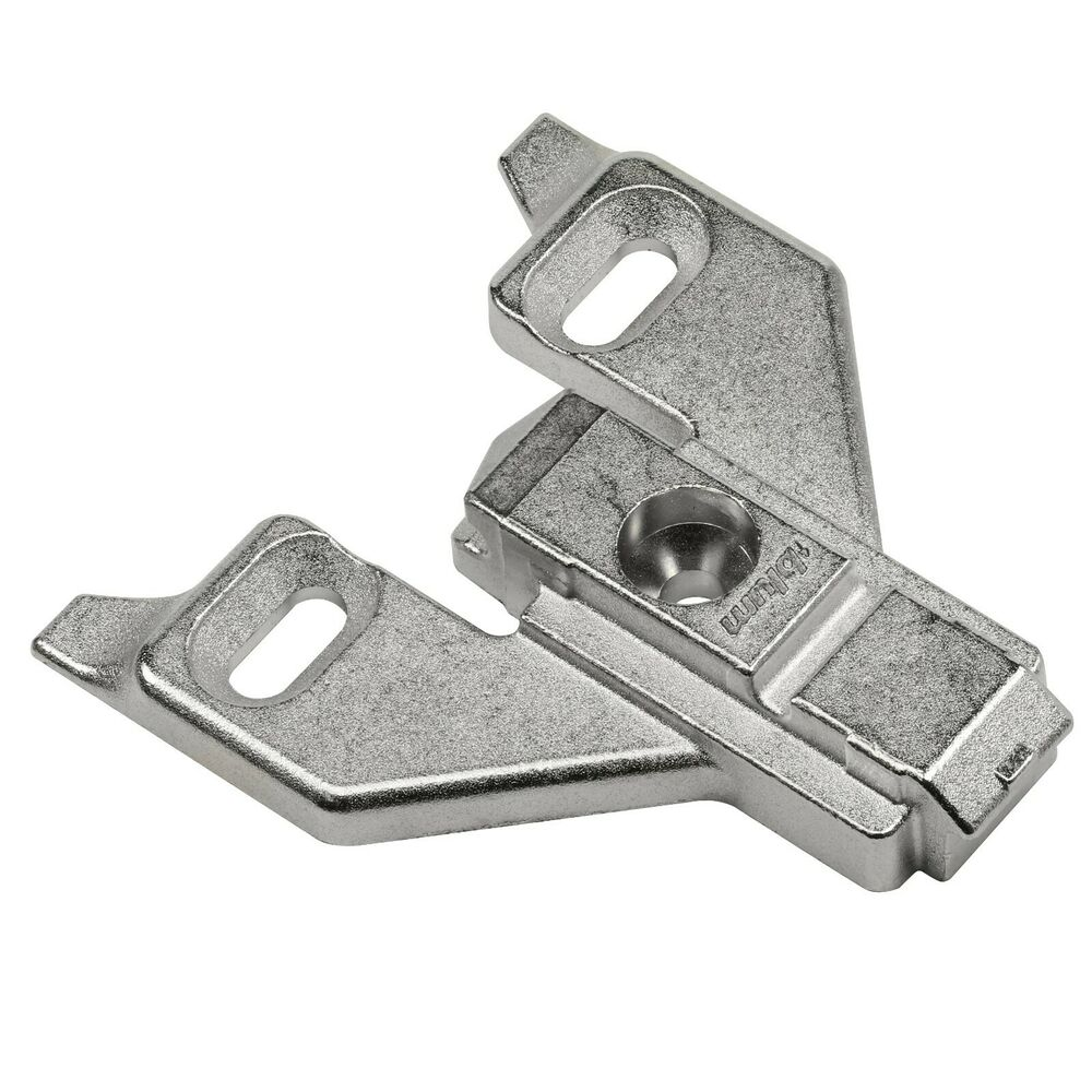 Blum cabinet hinge mounting plates 0 mm ebay for Cabinet mounting plate