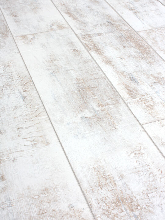 Packs Of Distressed White Laminate Flooring 12mm Ac4 Click