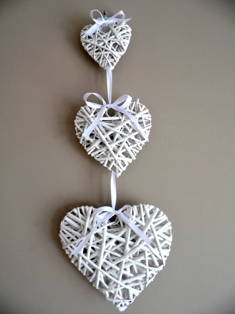 set of 3 hanging white wicker hearts shabby chic willow vintage bedroom home ebay. Black Bedroom Furniture Sets. Home Design Ideas