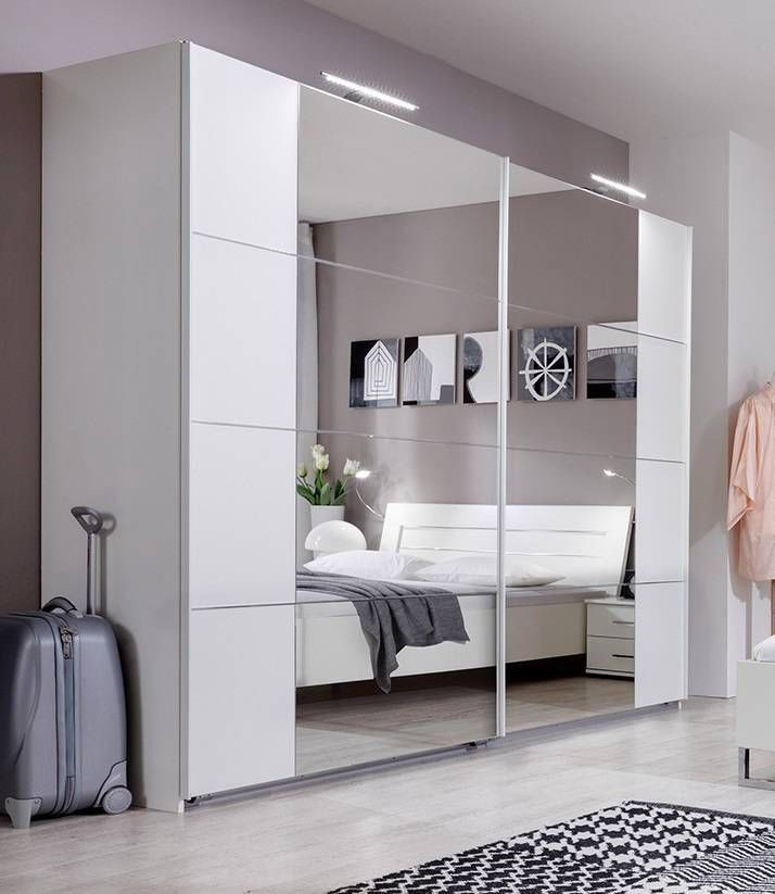Slumberhaus German Modern Davos White Chrome 270cm Sliding