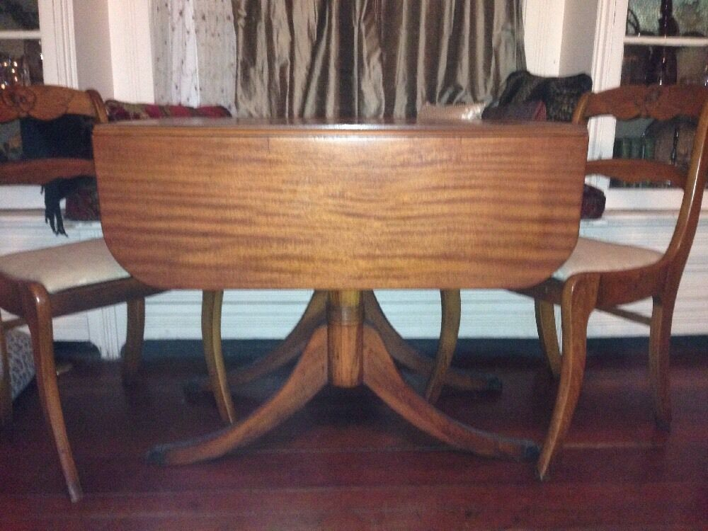 Antique wood drop leaf dining table w 4 rose back chairs for Wood dining room table with leaf