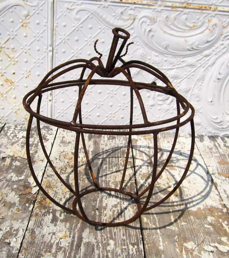 Quot medium wrought iron pumpkin with hinged lid fall