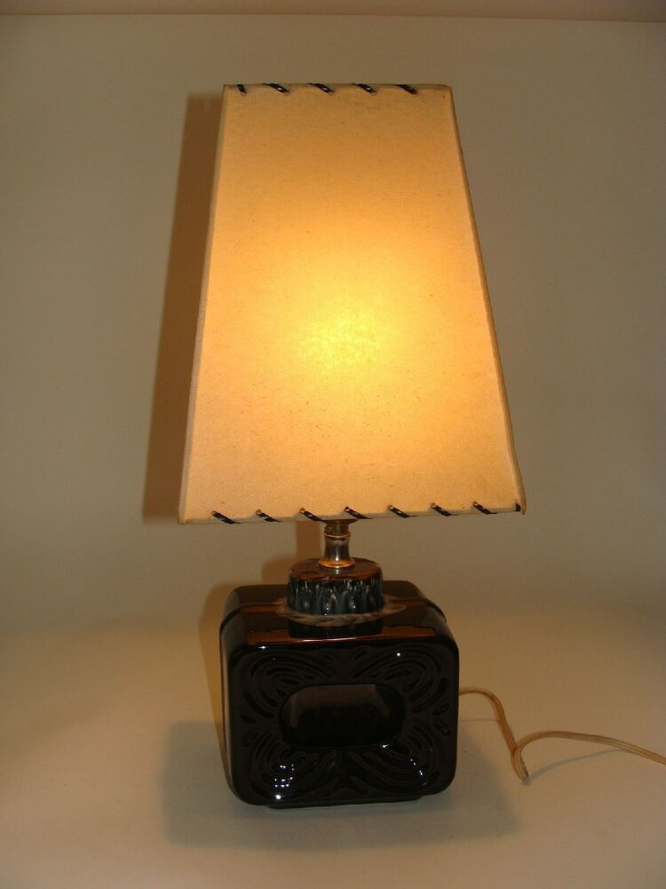 Vtg Early 60s Ceramic Drip Glazed Base Table Lamp Mid