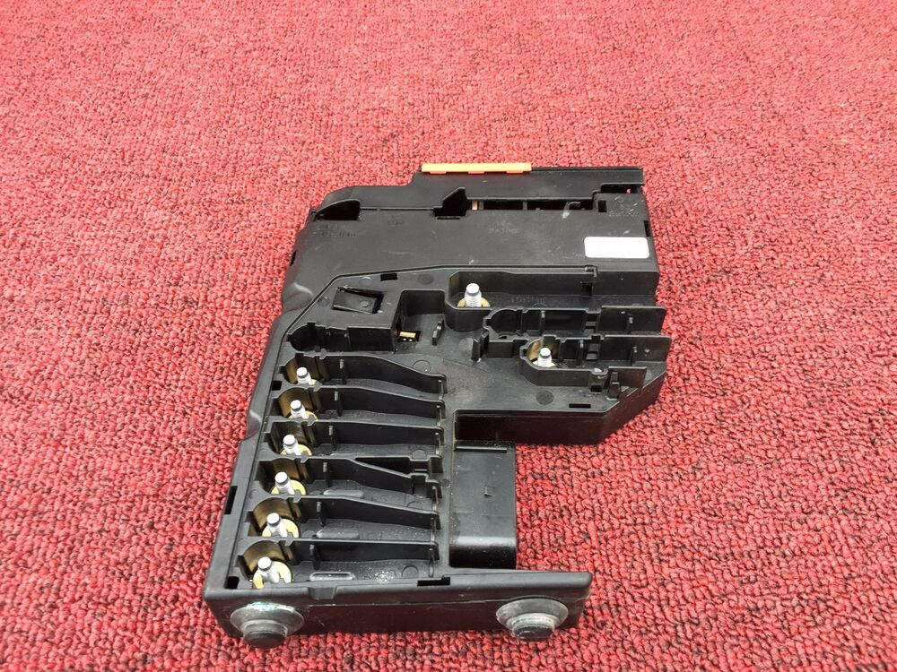 mercedes e350 e550 e63 w212 battery fuse box assembly oem ebay