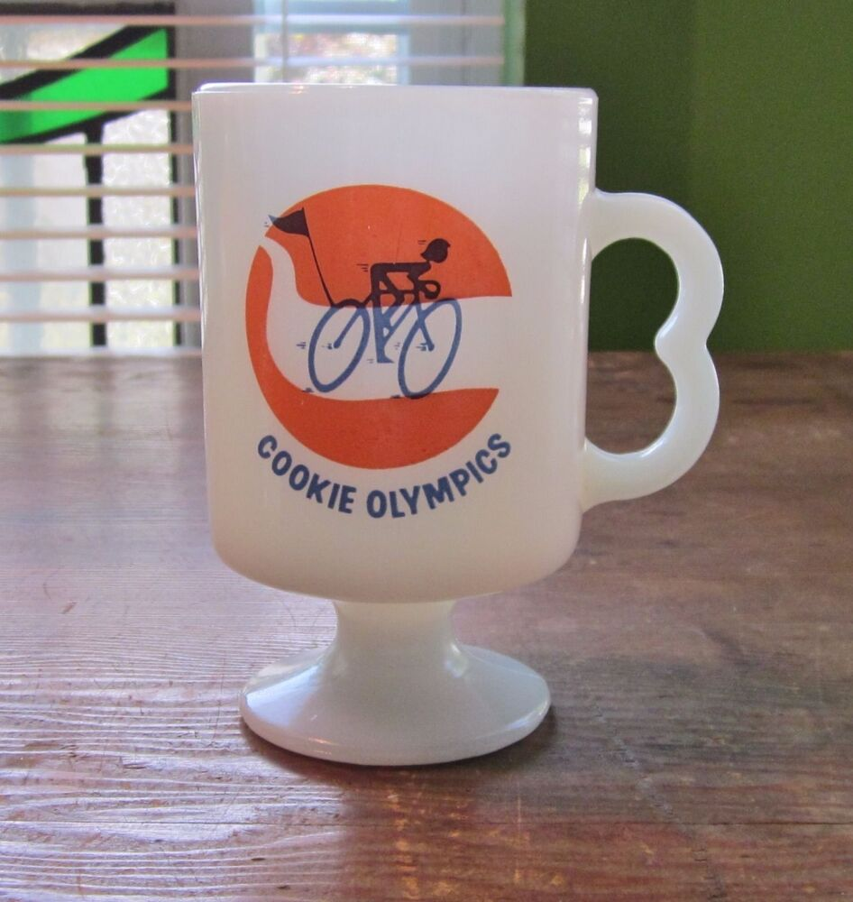 vintage girl scout coffee mug cookie olympics milk glass
