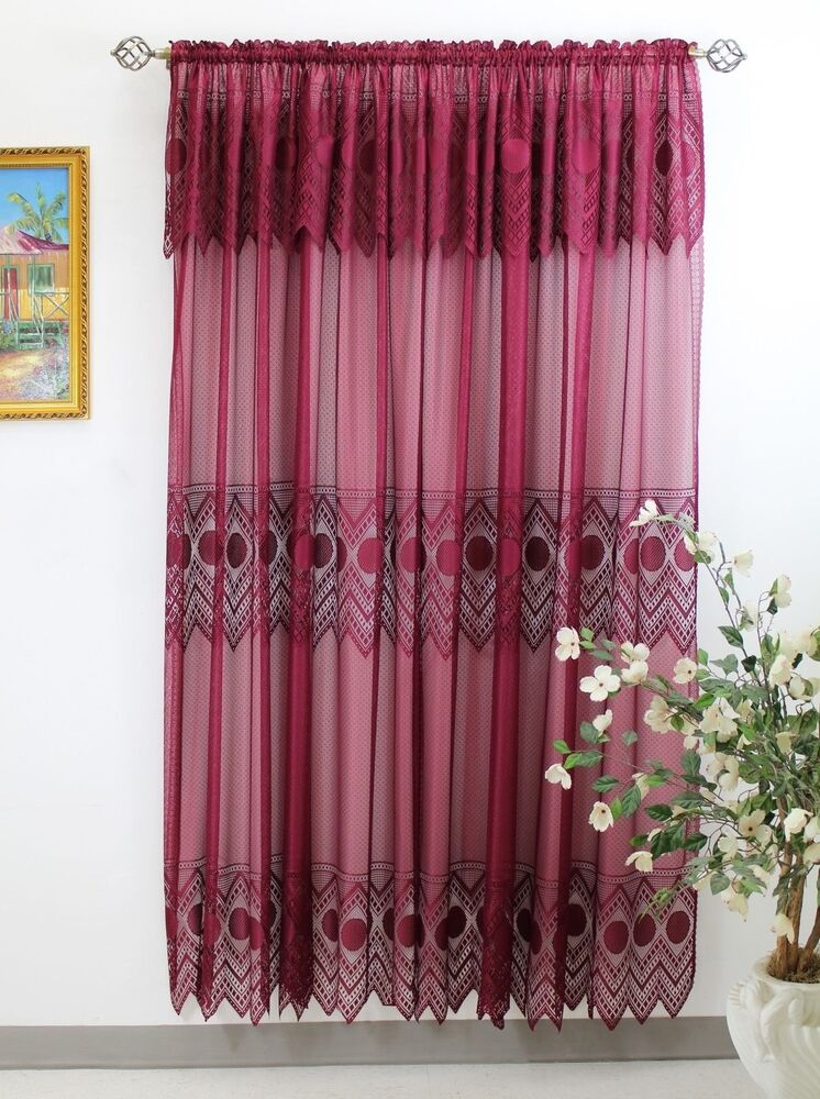Thf Lace Panel 59 X 84 With 16 Inch Attached Valance