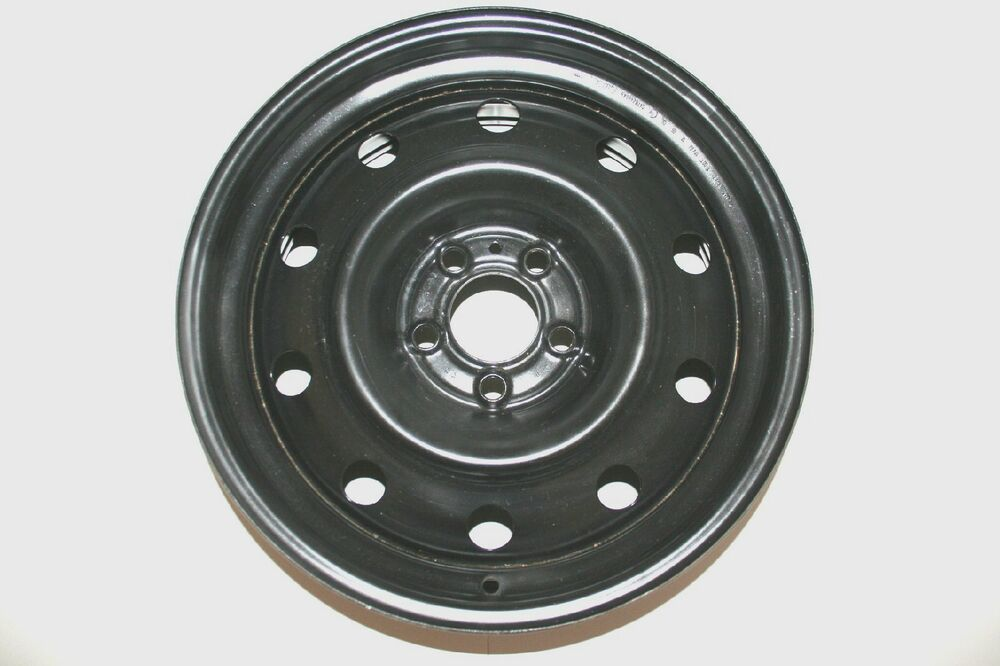 S L on 2005 Dodge Charger With Rim
