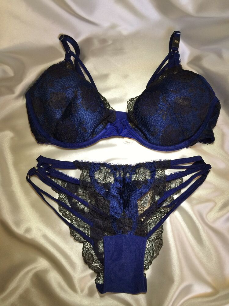 victoria 39 s secret very sexy strappy plunge bra panty set. Black Bedroom Furniture Sets. Home Design Ideas