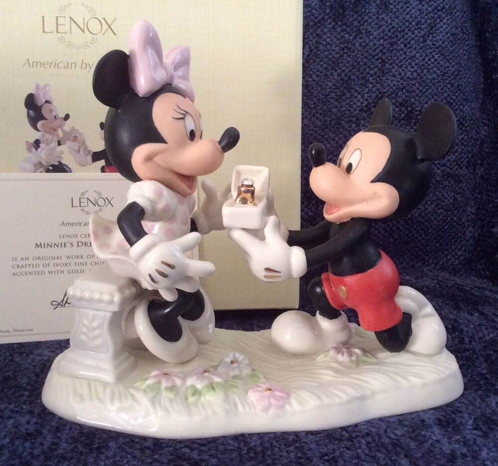 Lenox Disney Minnie's Dream Proposal Mickey Figurine W/COA