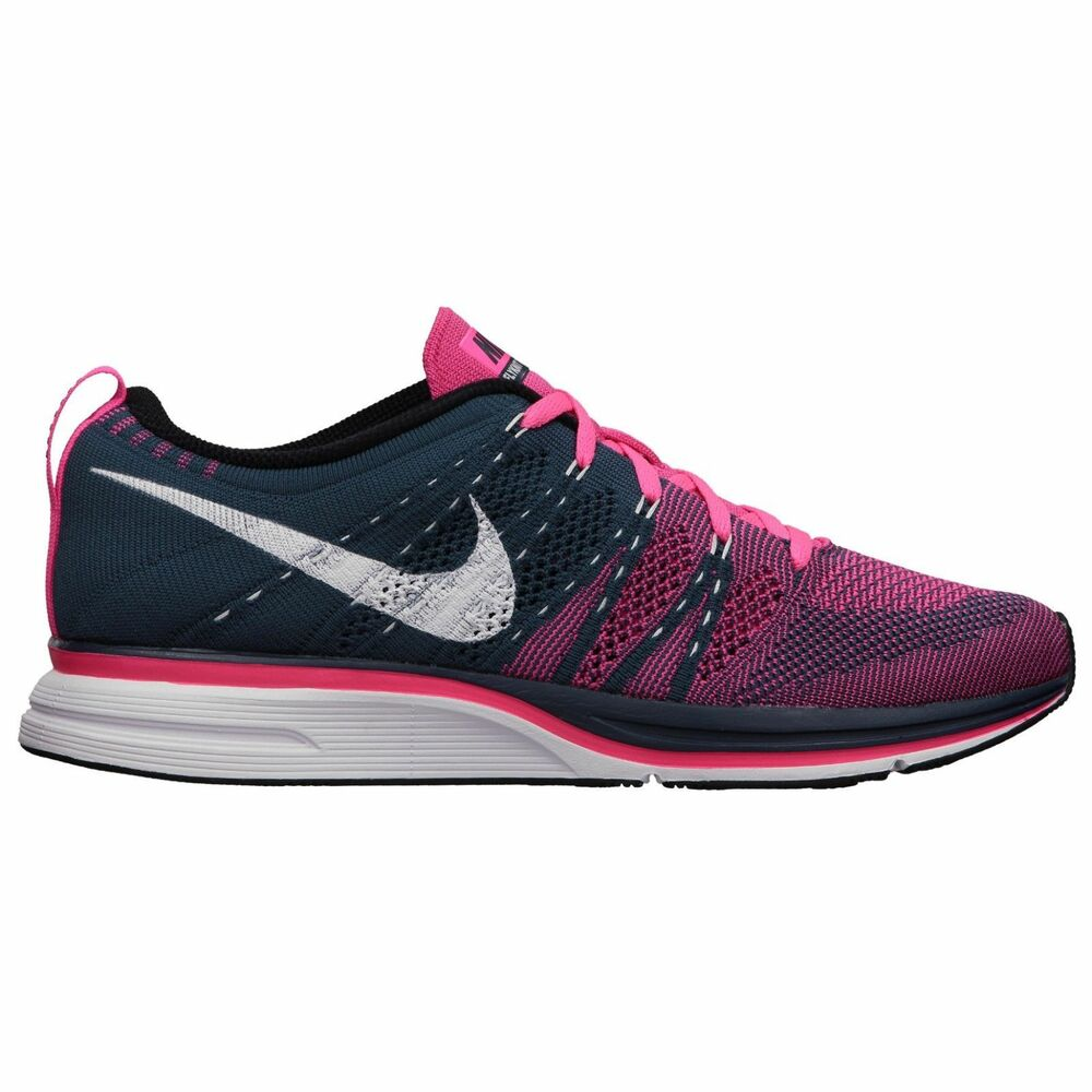 nike flyknit trainer shoes mens size 10 or womens 11 5