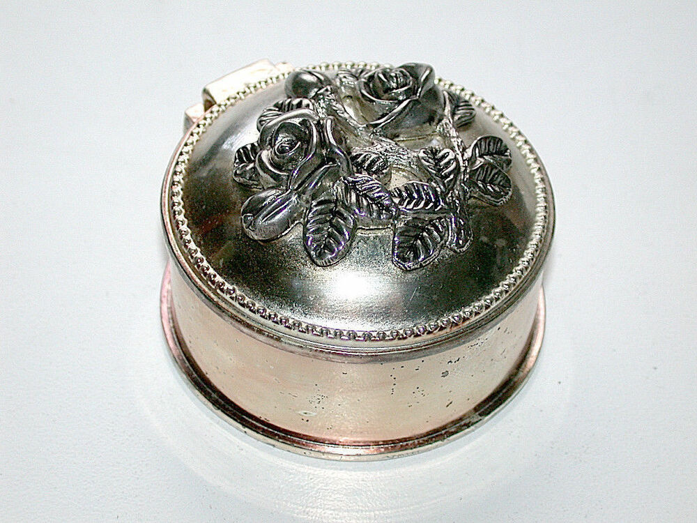 Beautiful Antique Silver Roses Lided Round Hinged Trinket