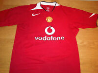 Manchester United Football Shirt / Man Utd Top VODAFONE 2004/2006 WES BROWN VGC