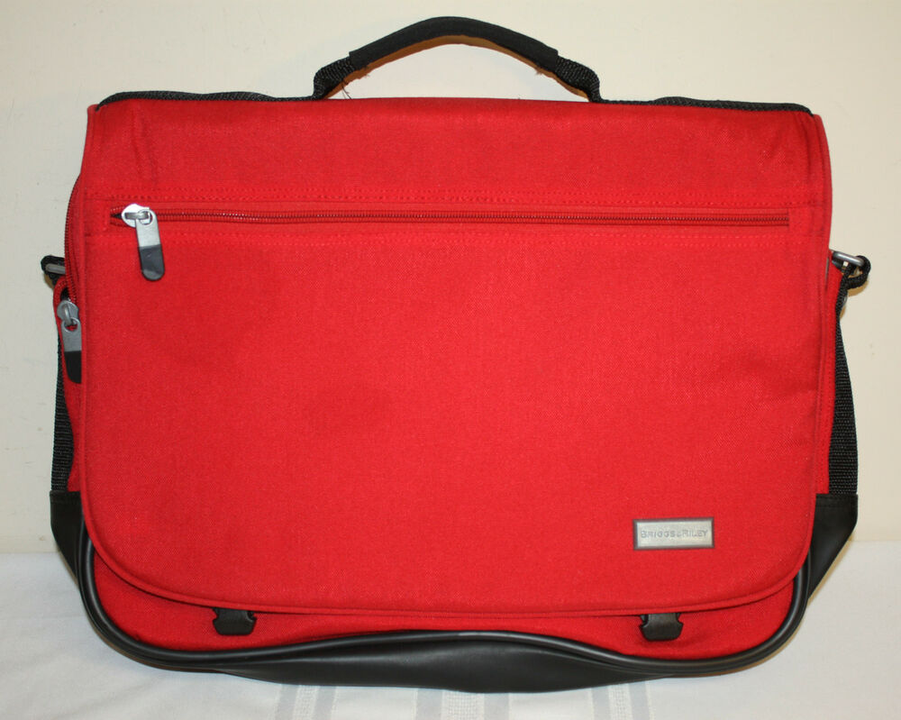 Briggs Amp Riley Unisex Red Nylon Expandable Laptop Carry On