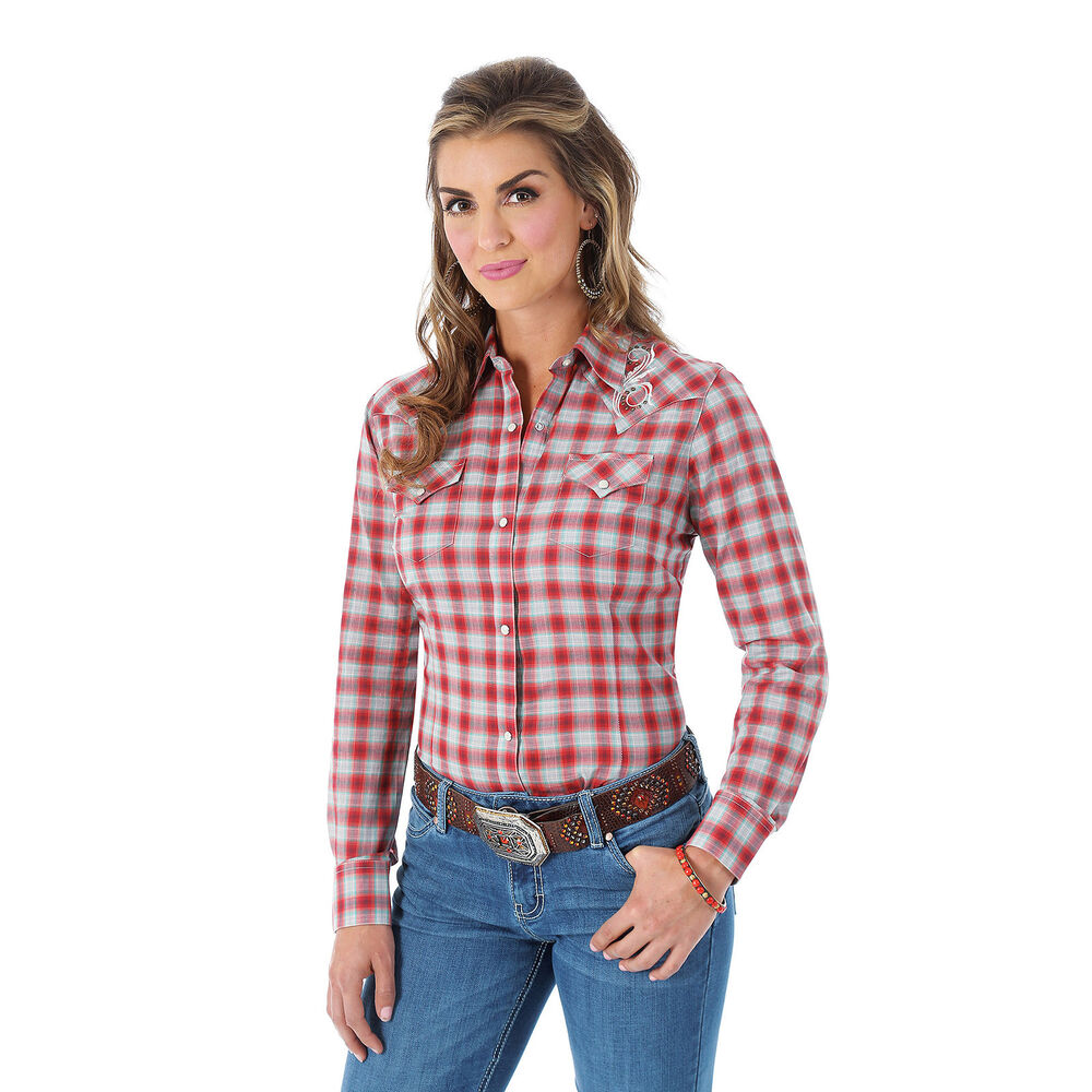 Wrangler women 39 s l ong sleeve front yokes snap plaid red Womens red plaid shirts blouses