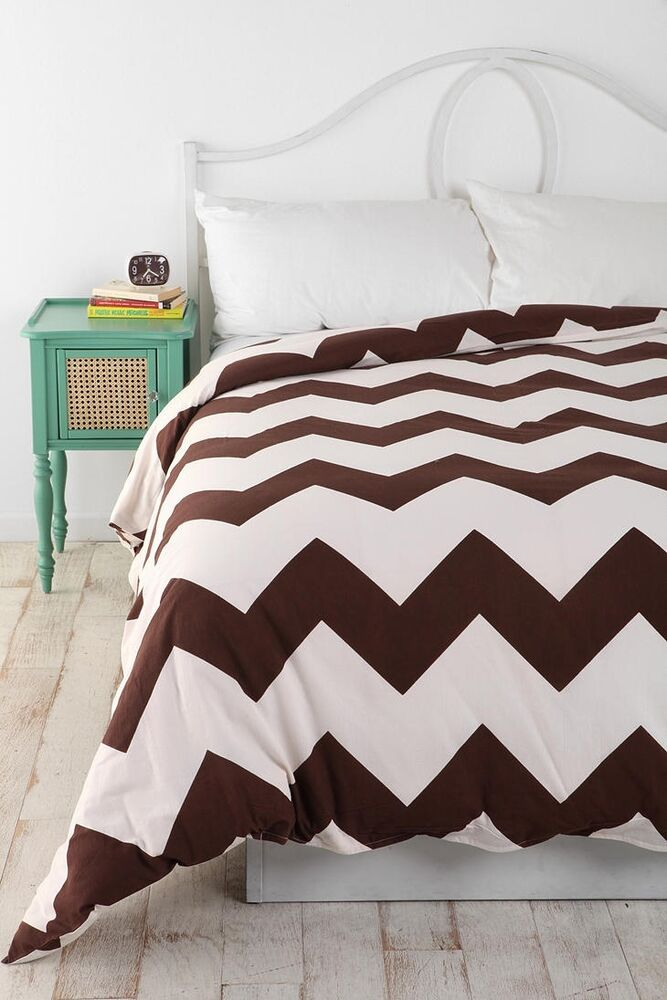 urban outfitters assembly home chocolate brown zigzag duvet cover twin xl ebay. Black Bedroom Furniture Sets. Home Design Ideas