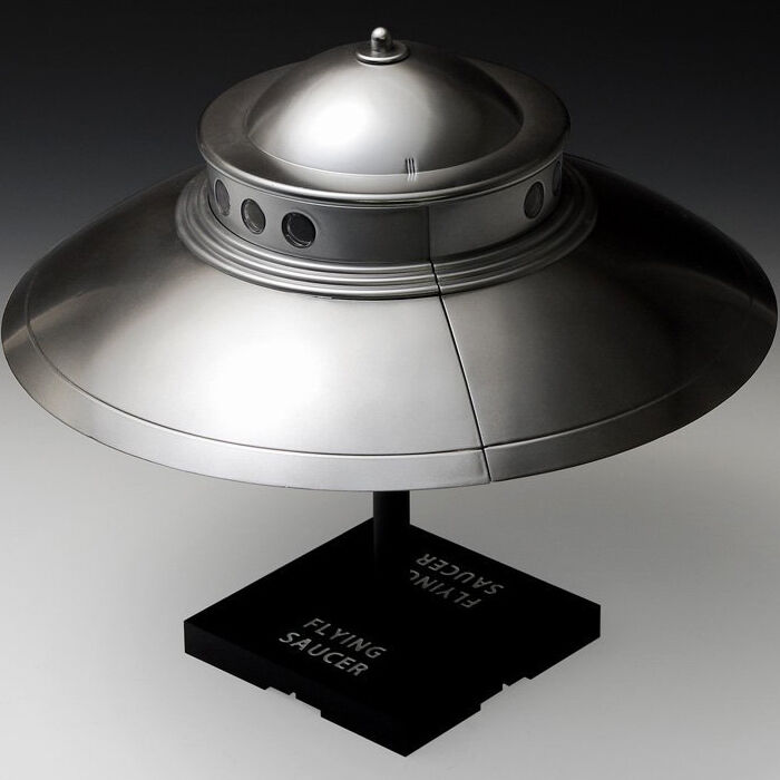 how to build a flying saucer model