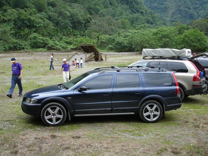 Volvo Xc70 V70 R Line Side Skirts Sideskirts Sill Covers