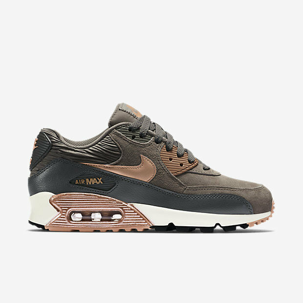 nike womens air max 90 lthr shoes size 12 iron metallic. Black Bedroom Furniture Sets. Home Design Ideas