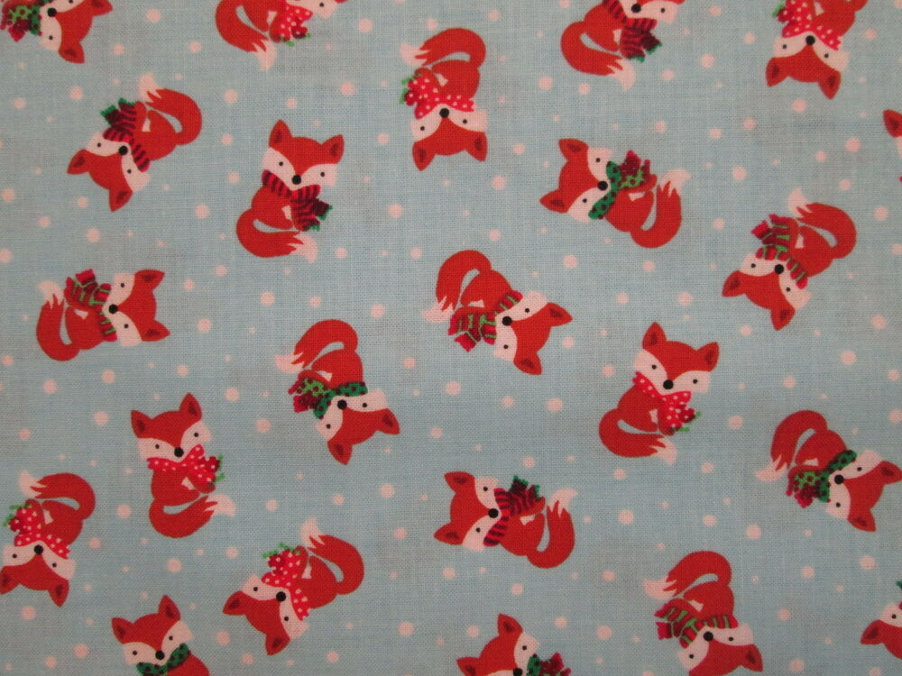 FOX FOXY SCARVES COLORS BLUE COTTON FLANNEL FABRIC FQ