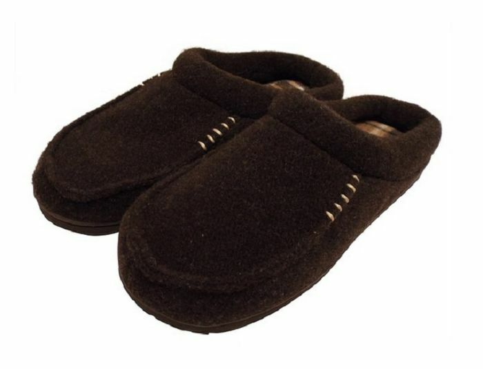 c42e7bfdda2 Dearfoams Memory Foam Men Slipper Brown Clog size Small 7-8 39161429801