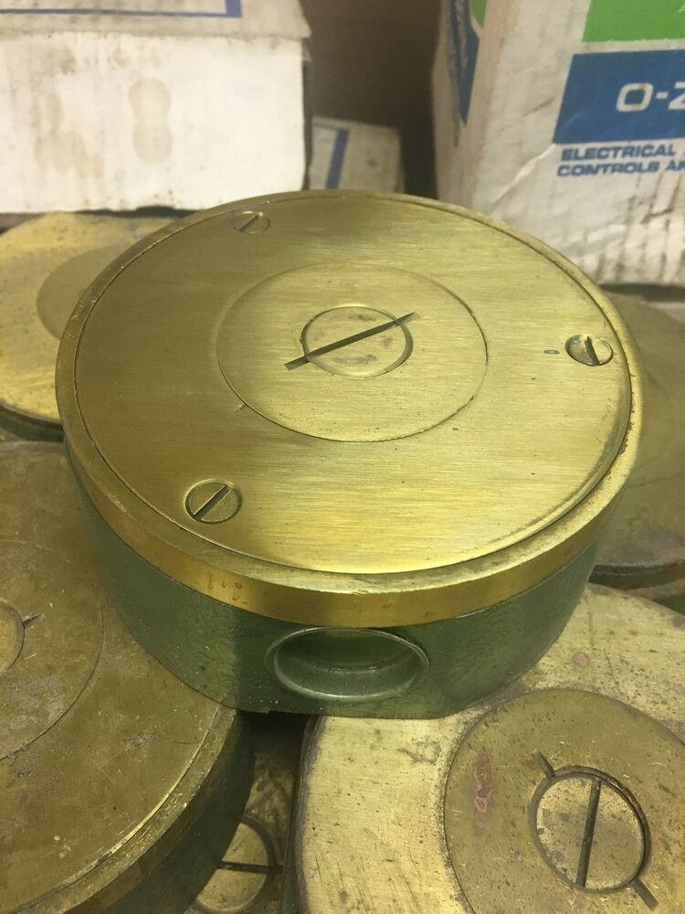 New Lew Electric Mw 432 Floor Box Brass Cover Hubs 3 4