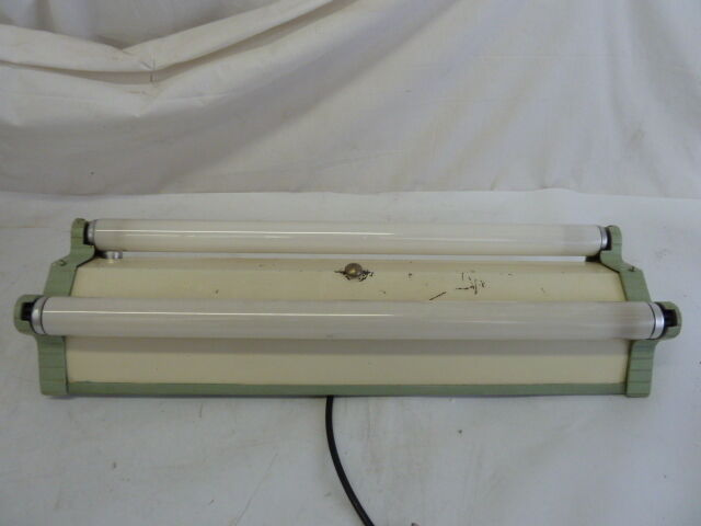 Vintage Art Deco 2 Bulb Fluorescent Industrial Shop Light