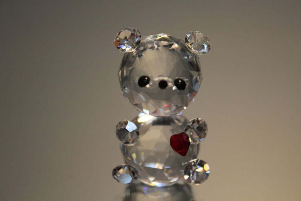 Silver Deer Crystal Zoo Teddy With Small Heart Faceted