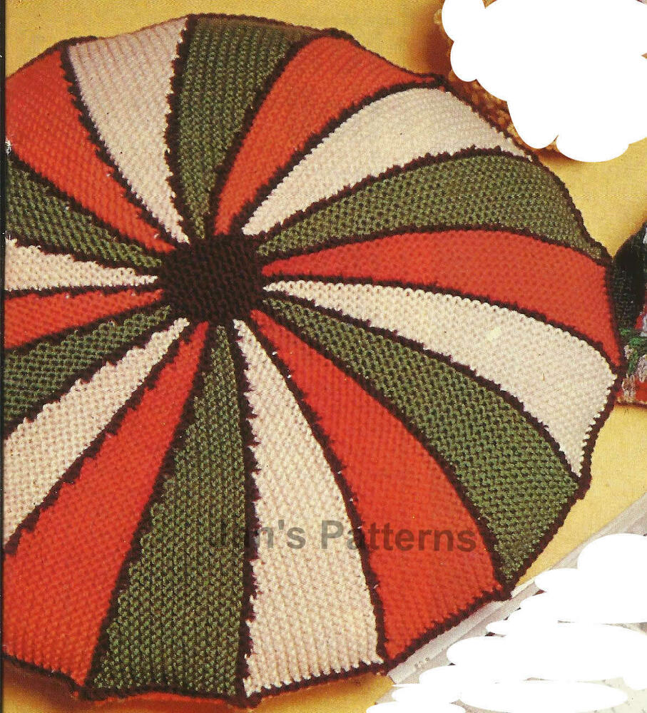 Design A Knitting Pattern : ROUND CUSHION COVER HARLEQUIN DESIGN KNITTING PATTERN ...