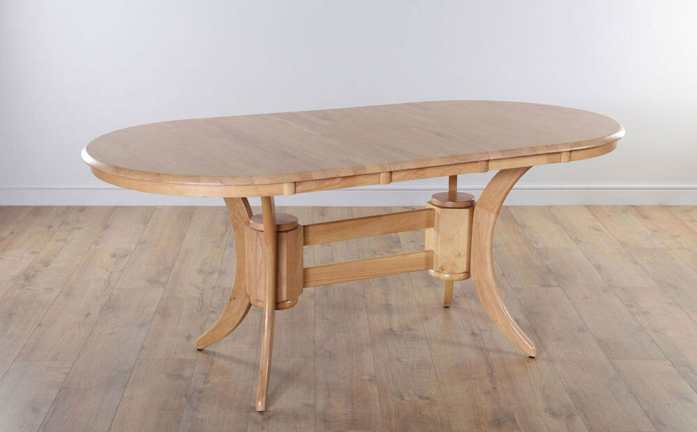 TOWNHOUSE Oval Round Extending Oak Dining Room Table  : s l1000 from www.ebay.co.uk size 1000 x 620 jpeg 65kB