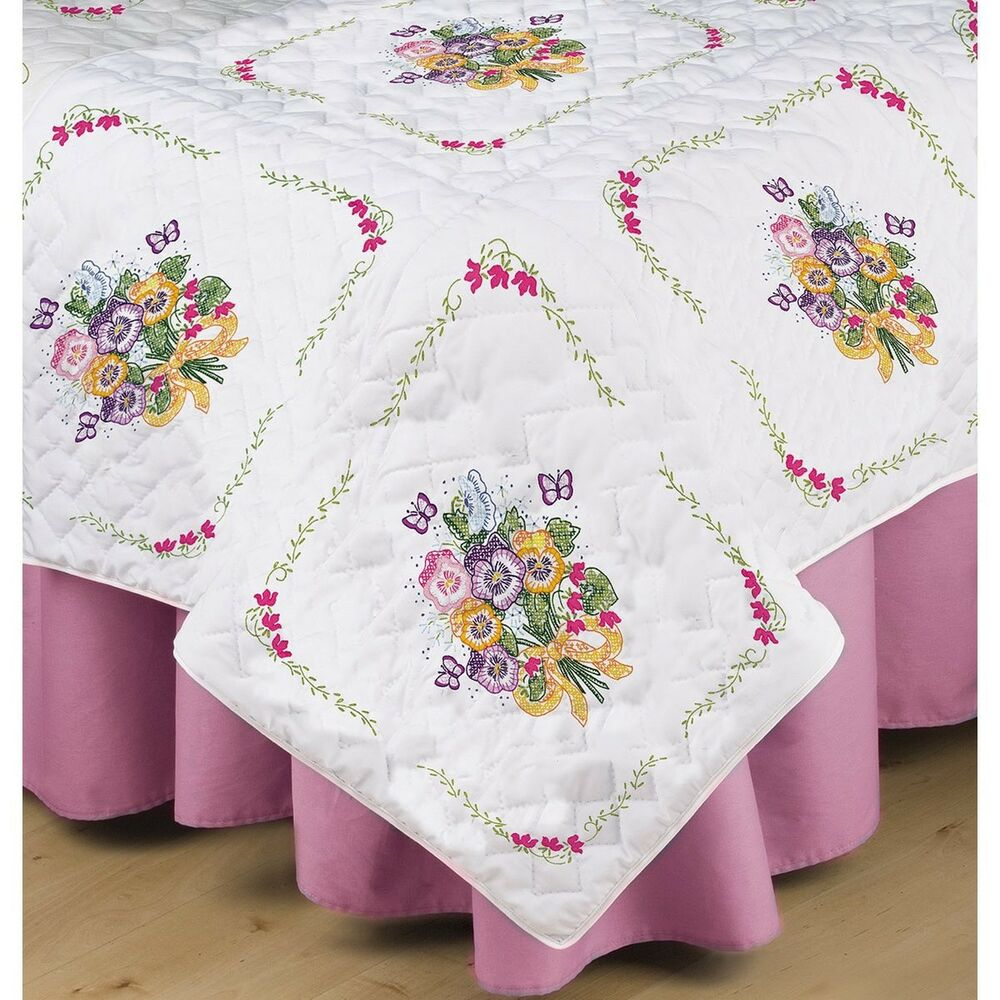 Tobin T288092 Stamped White Quilt Block 18 By 18 Inch